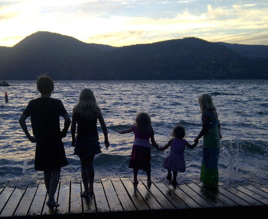 children_waterfront